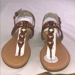 G by Guess 9 M Lesha Flat Sandals Women's Shoes